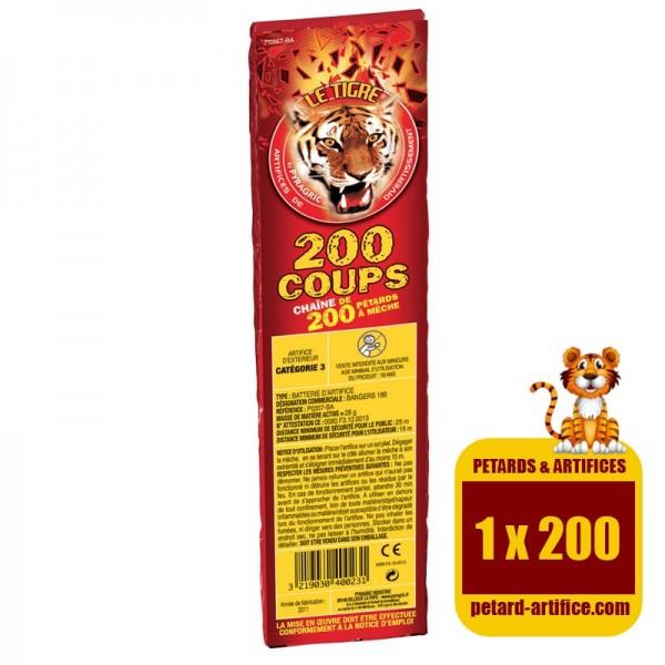 Le tigre 200 coups, le paquet d'une rafale de 200 détonations. Un article de fête au meilleur rapport qualité / prix